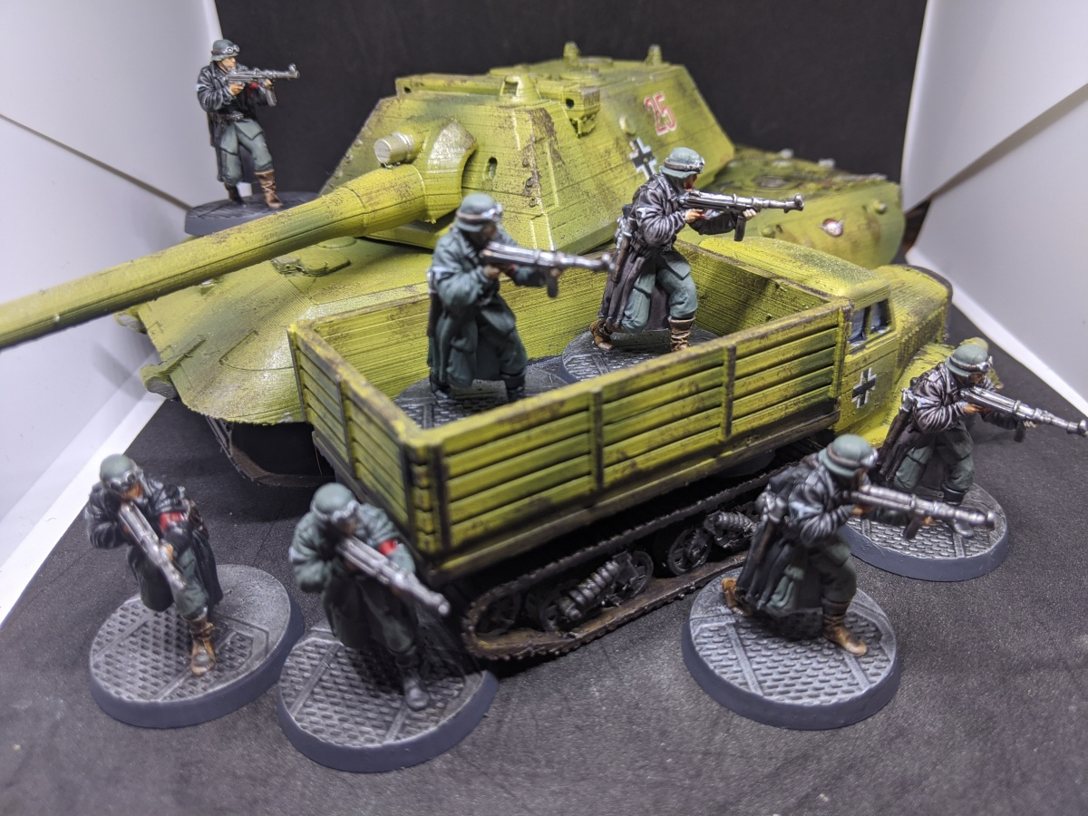 Reichbusters troops, transport and E-100